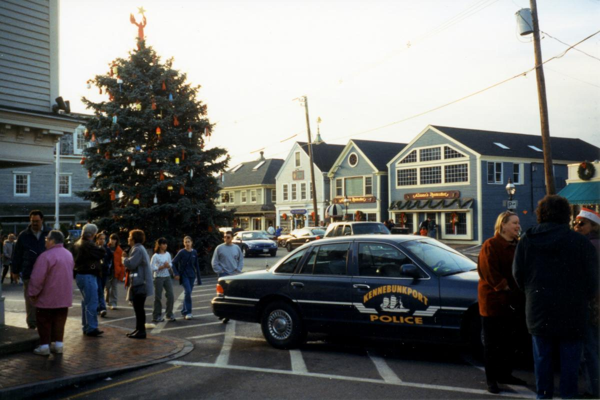Christmas Prelude in Dock Square 1999