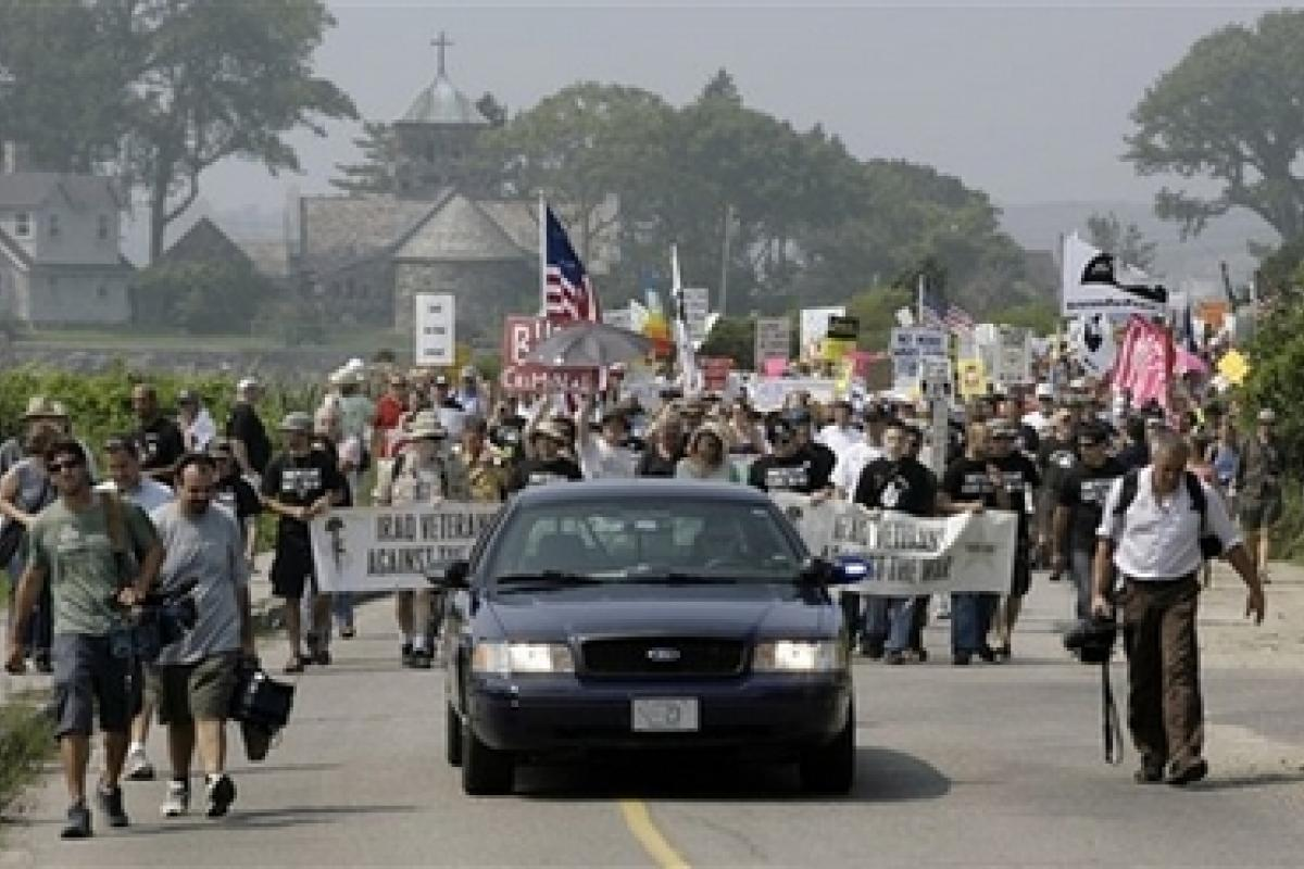 2007 Anti-War Protest on Ocean Avenue