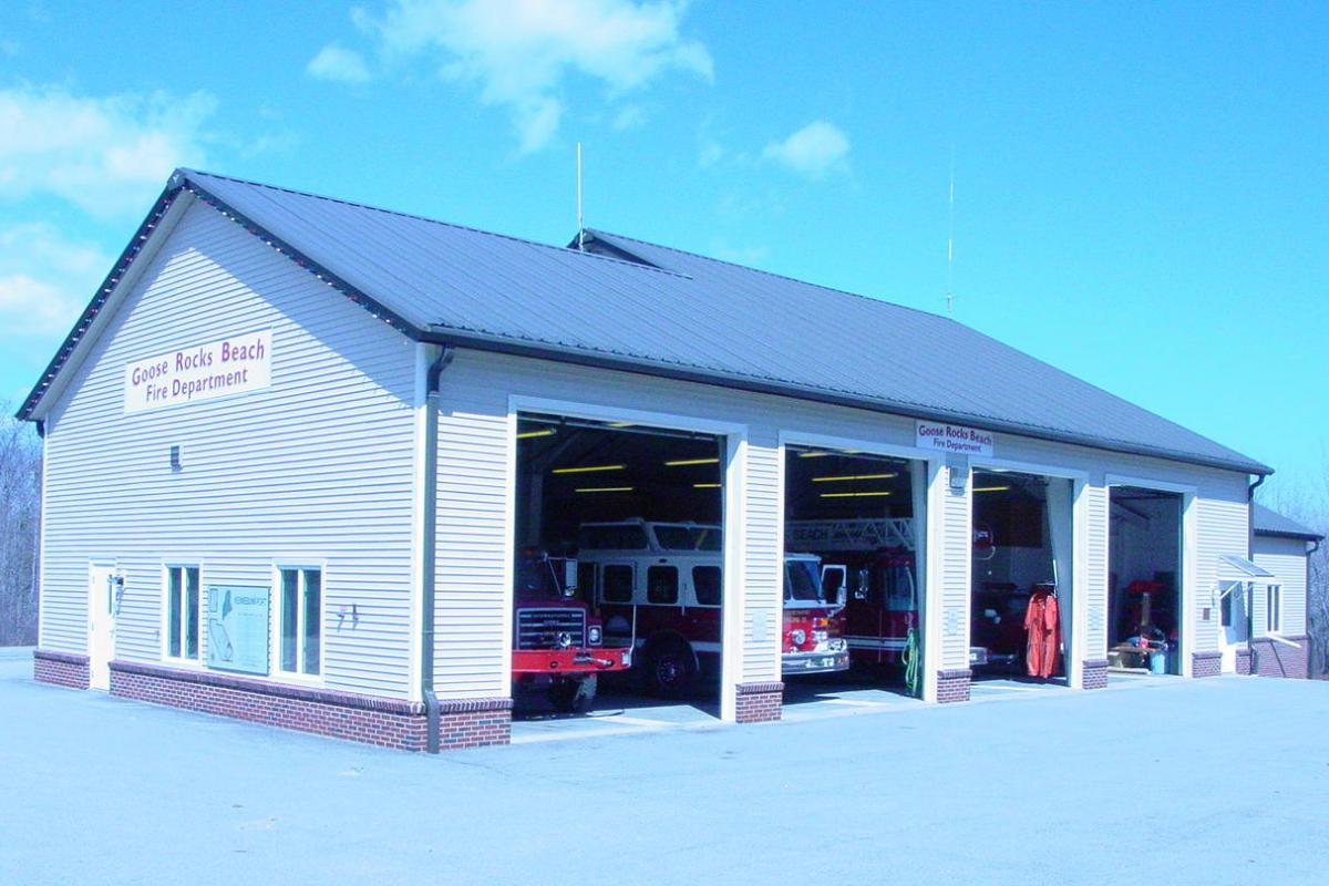 Goose Rocks Beach Station - 2 Winter Harbor Road